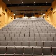 Sedežni red dvorana